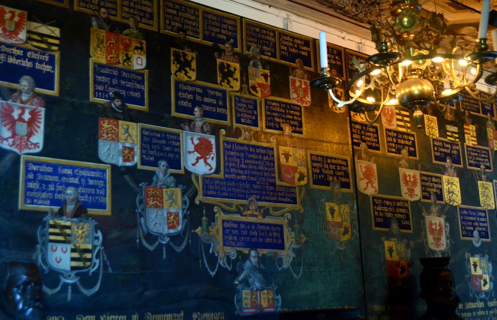 King lineage at Rosenborg Slot