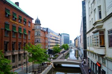 street scene small