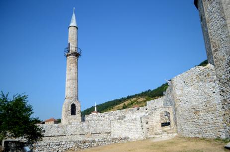 travnik 4 small