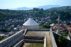 travnik 8 small